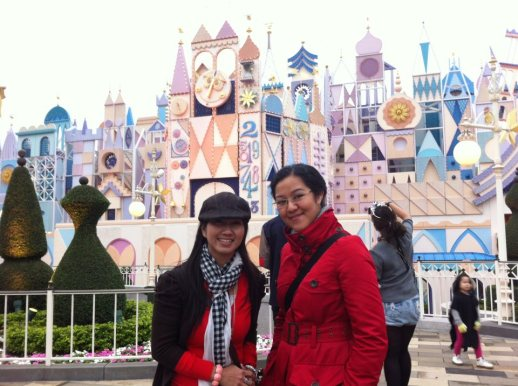 Chichi and me, Hong Kong Disneyland