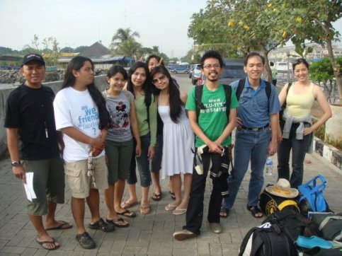 My Dive Group, taken at Marina Ancol, I think :)