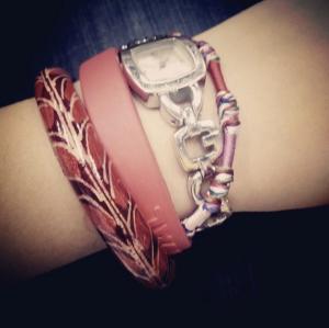 Jam tangan dan asesori lain yang saya pakai :)