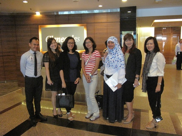 HappyBloggers bersama tim GEH :D