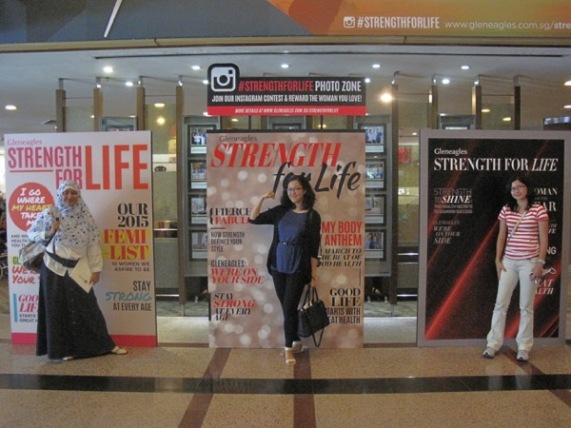Foto bareng buat Strength For Life :D