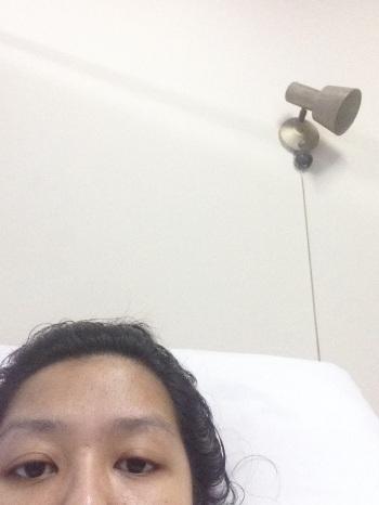 Hari ketiga opname di rumah sakit, sudah foto selfie sendiri