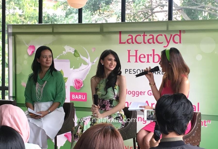 Brand Ambassador Lactacyd, Donita