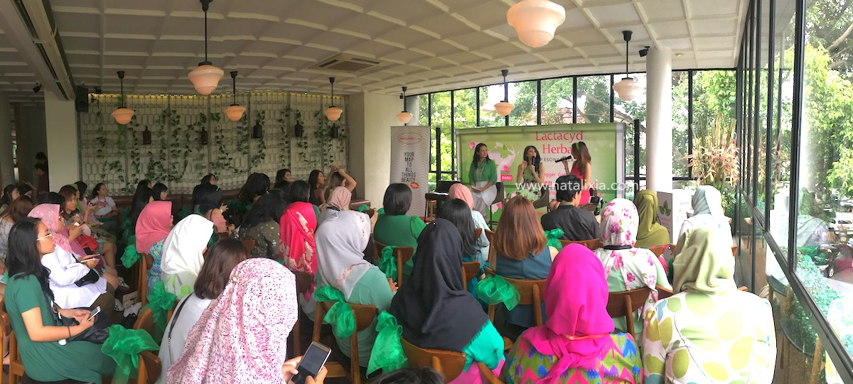 Suasana Blogger Gathering Female Daily Lactacyd Herbal